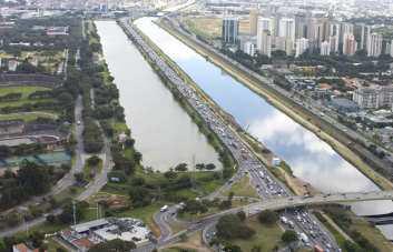 Foto 3 - Imagem da Raia da USP retirada do site do CEPEUSP em maio de 2013 - https://www.raiaolimpicaderemo.com.br